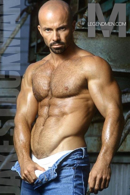 Have big nudefor hot men also