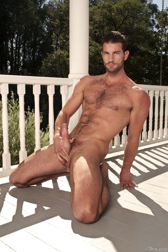 Gay Hunk Marco Mojo Gives Himself A Wank