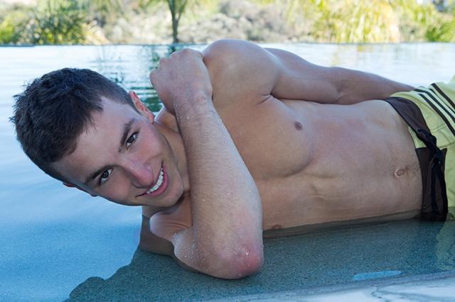 Gay-porn-pics-02-Sean-Cody-Charley-SeanCody-American-boys-men-ripped-abs-muscle-jocks-raw-gay-sex-gay-porn-movies-photo