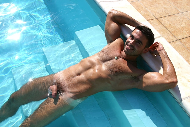 Gay-porn-pics-gallery-tube-video-08-Alberto-and-Marco-Lucas-Kazan-Italian-latin-gay-men-latino-straight-men-naked-straight-latino-men-photo