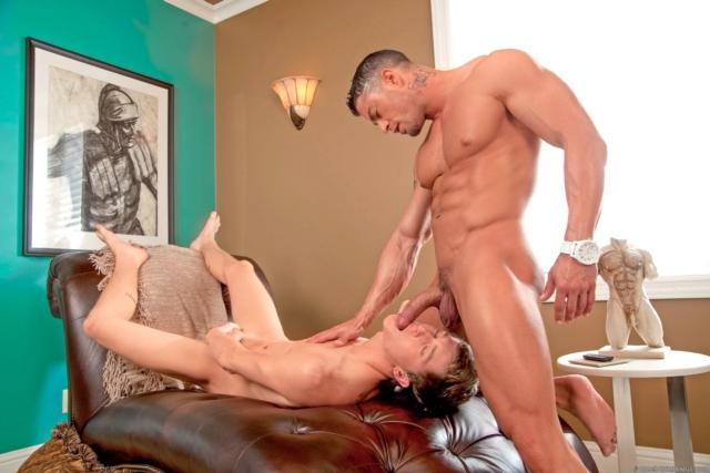 Cody-Cummings-and-Preston-Burgess-Cody-Cummings-gay-porn-star-ripped-muscle-stud-American-huge-dick-bubble-butt-07-pics-gallery-tube-video-photo