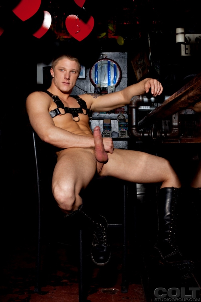 Spencer-Reed-and-Phillip-Aubrey-Colt-Studios-gay-porn-stars-hairy-muscle-men-young-jocks-huge-uncut-dicks-04-pics-gallery-tube-video-photo