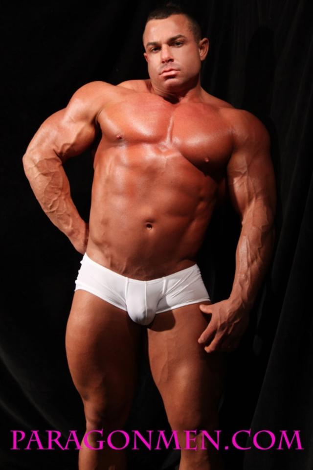 Chaz Ryan | Paragon Men | Nude Bodybuilder | Gay Porn Pictures & Vids