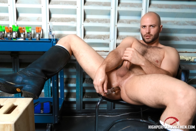 David-Chase-High-Performance-Men-Real-Gay-Porn-Stars-Muscle-Hunks-Hairy-Muscle-Muscled-Dudes-09-pics-gallery-tube-video-photo