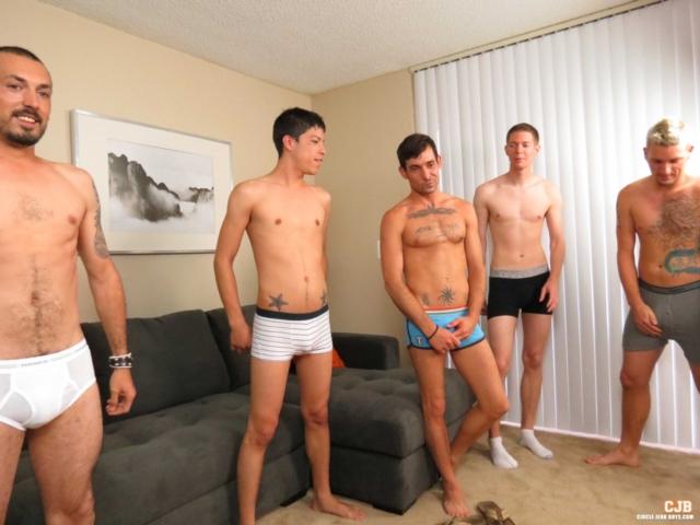 gay exhibitionist sex