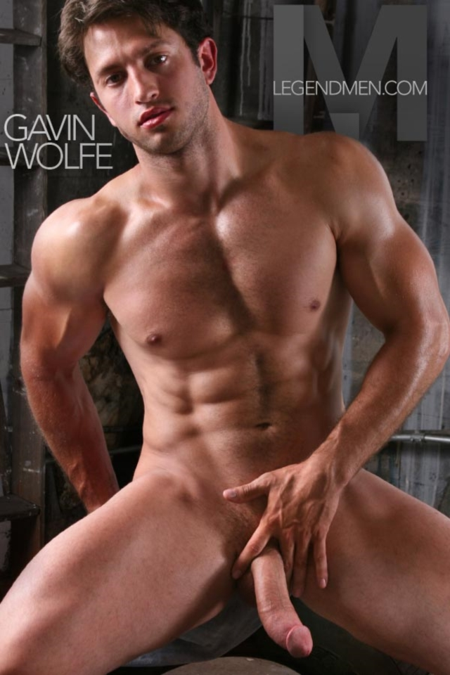 Legend-Men-Real-Muscle-Men-naked-bodybuilder-nude-bodybuilders-big-muscle-Gavin-Wolfe-gallery-video-photo