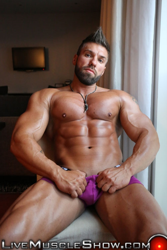 Are not muscle hunk lucas di angelo can read