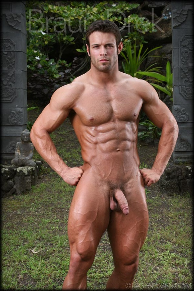 Braun-Drek-Legend-Men-Gay-Porn-Stars-Muscle-Men-naked-bodybuilder-nude-bodybuilders-big-muscle-huge-cock-007-gallery-video-photo