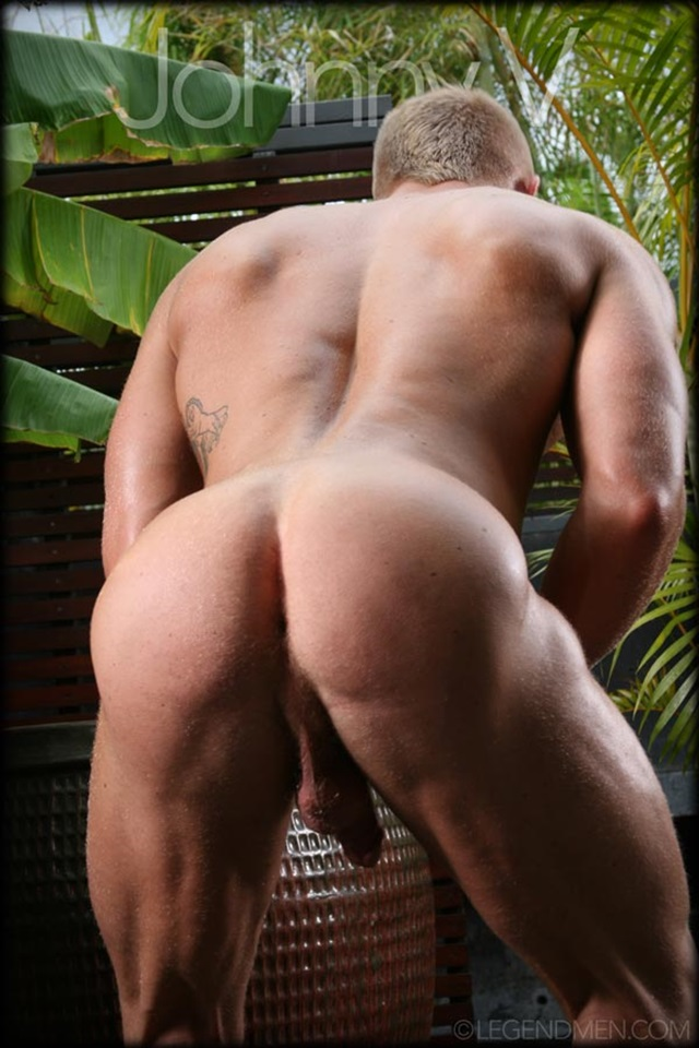 Johnny V  Gay Porn Star Pics  Muscled Bodybuilder Huge -5597