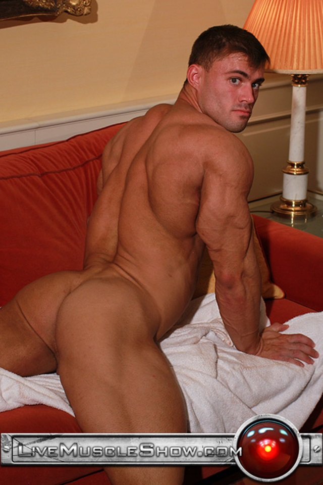Muscle sex gay guy