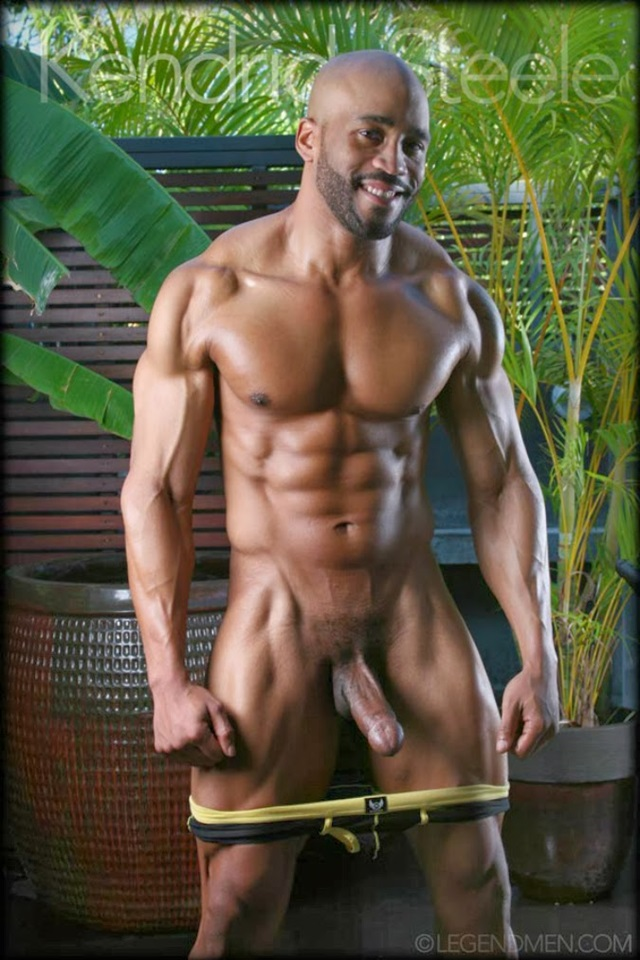 Kendrick-Steele-Legend-Men-Gay-sexy-naked-man-Porn-Stars-Muscle-Men-naked-bodybuilder-nude-bodybuilders-big-muscle-002-gallery-photo