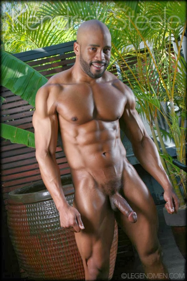Kendrick-Steele-Legend-Men-Gay-sexy-naked-man-Porn-Stars-Muscle-Men-naked-bodybuilder-nude-bodybuilders-big-muscle-009-gallery-photo