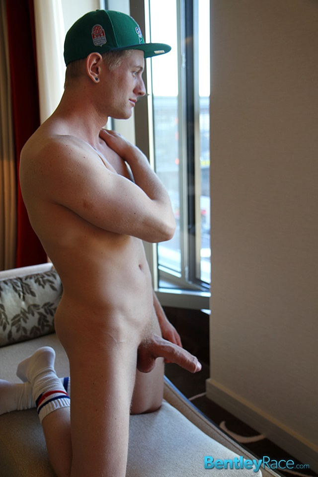 Phillip-Anderson-bentley-race-bentleyrace-nude-wrestling-bubble-butt-tattoo-hunk-uncut-cock-feet-gay-porn-star-015-red-tube-gallery-photo