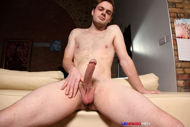 Ty-Bainborough-UKNakedMen-hairy-young-men-muscle-studs-British-gay-porn-English-Guys-Uncut-Cocks-005-red-tube-gallery-photo