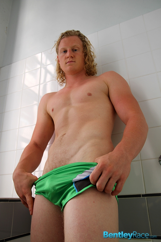BentleyRace-Shane-Phillips-smooth-ass-cheeks-silky-shorts-cycling-nicest-bums-straight-stripping-naked-010-male-tube-red-tube-gallery-photo