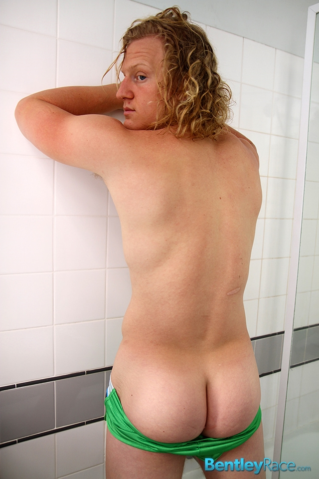 BentleyRace-Shane-Phillips-smooth-ass-cheeks-silky-shorts-cycling-nicest-bums-straight-stripping-naked-012-male-tube-red-tube-gallery-photo