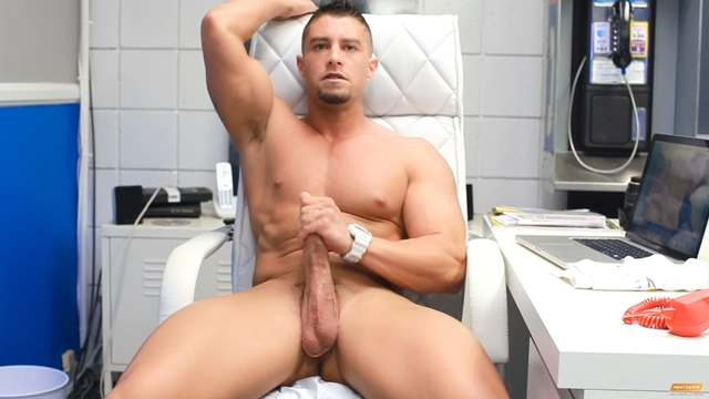 Cody-Cummings-New-jerking-huge-cock-special-stroke-session-very-horny-006-male-tube-red-tube-gallery-photo