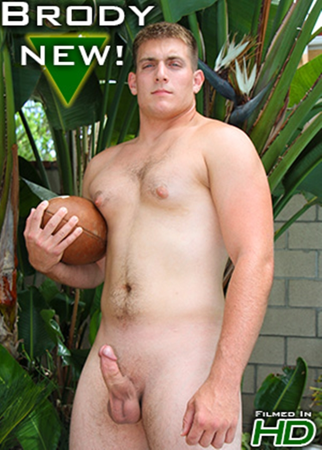 Island-Studs-Brody-21-year-old-college-football-player-muscle-butt-athletic-thighs-naked-hard-dick-003-male-tube-red-tube-gallery-photo