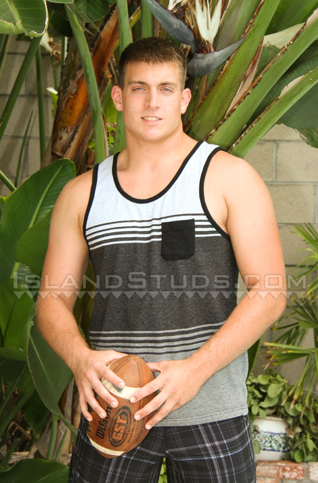 Island-Studs-Brody-21-year-old-college-football-player-muscle-butt-athletic-thighs-naked-hard-dick-004-male-tube-red-tube-gallery-photo