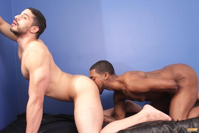 asiatique gay escort black