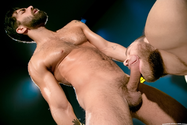 Raging-Stallion-fuck-Shawn-Wolfe-Landon-Conrad-Adam-Ramzi-mat-fucking-mouth-ass-boxing-match-006-male-tube-red-tube-gallery-photo