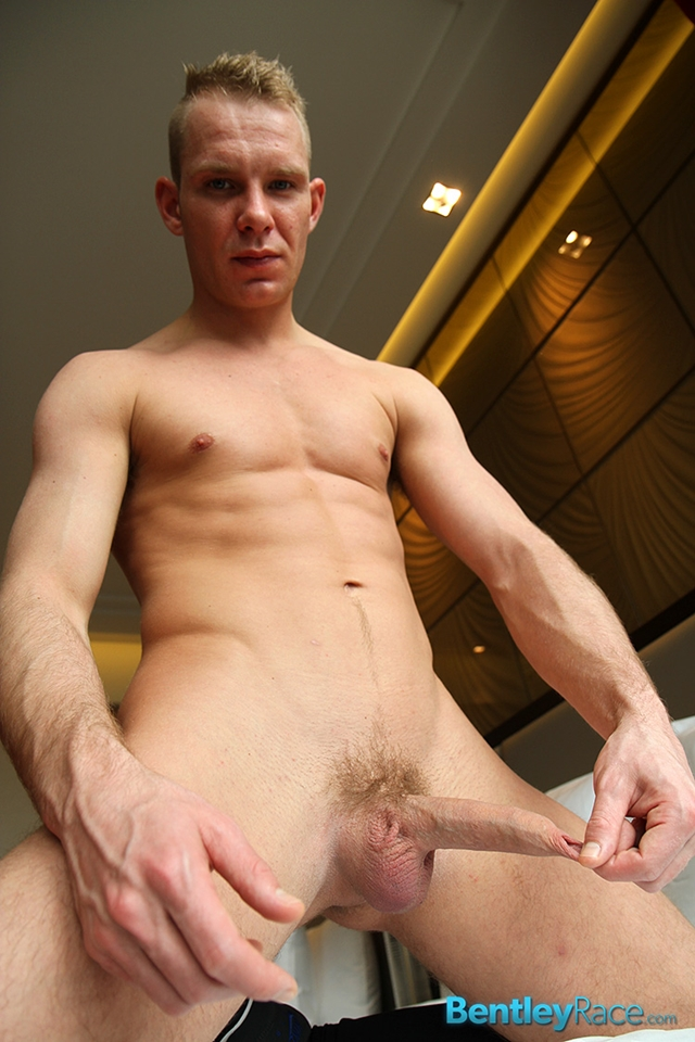 Gay Blonde Muscle