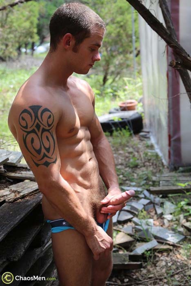 Chaos-Men-Tattooed-sexy-ripped-dude-Cooper-Reed-guys-workout-solo-naked-men-huge-dick-006-male-tube-red-tube-gallery-photo
