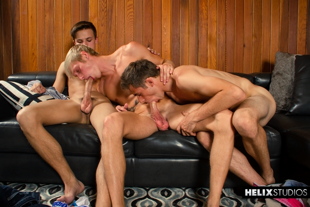 Helix-young-naked-boys-threeway-Max-Carter-Jacob-Dixon-Kody-Knight-cock-raw-ass-fuck-bareback-condom-free-011-male-tube-red-tube-gallery-photo