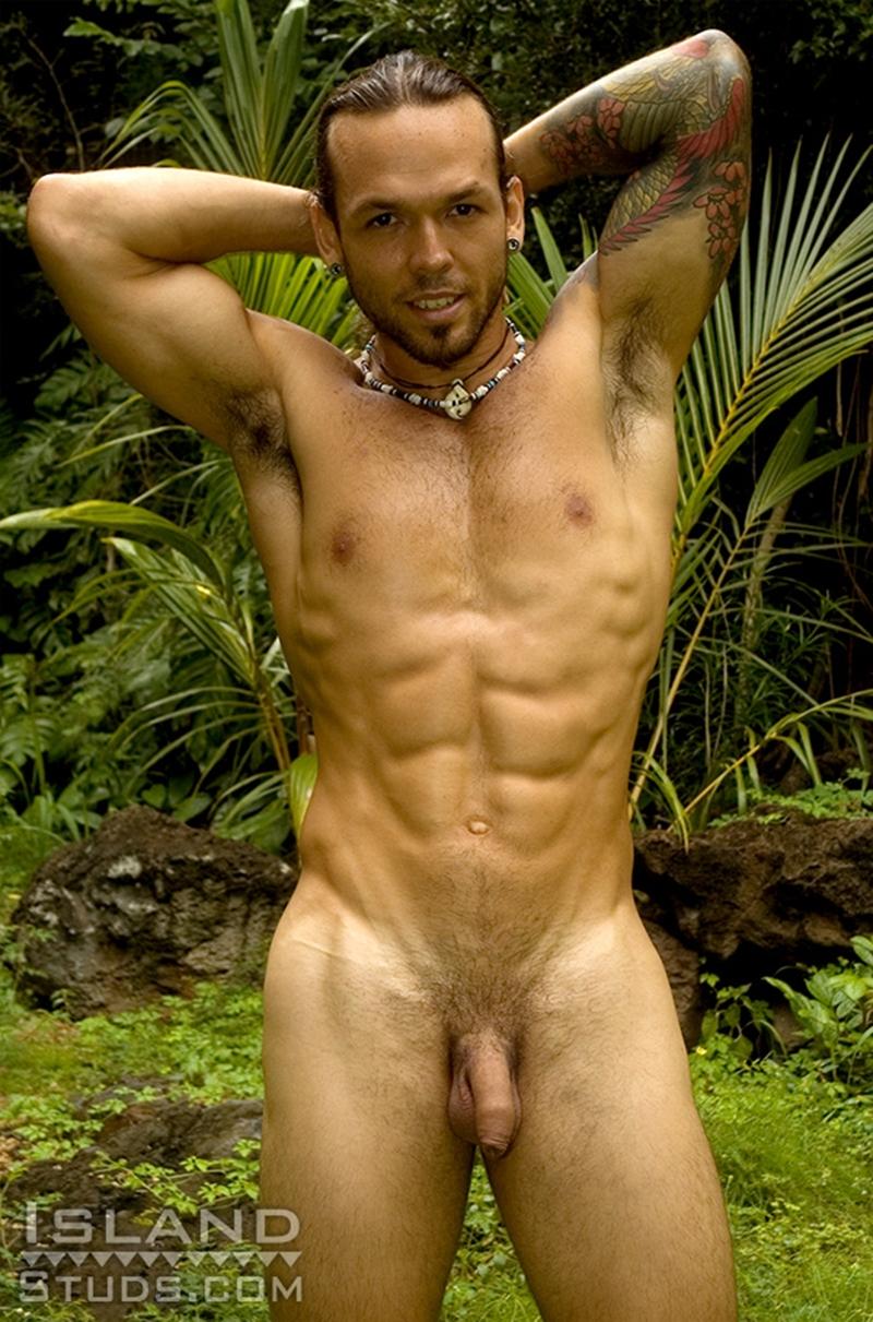 Daneil in bikini