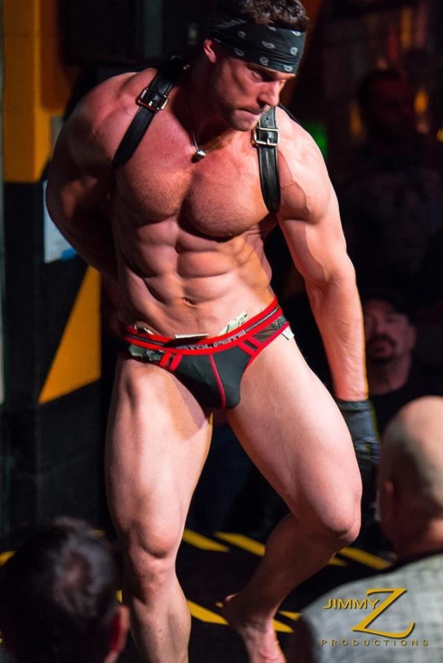 Cum Male bodybuilder strip videos