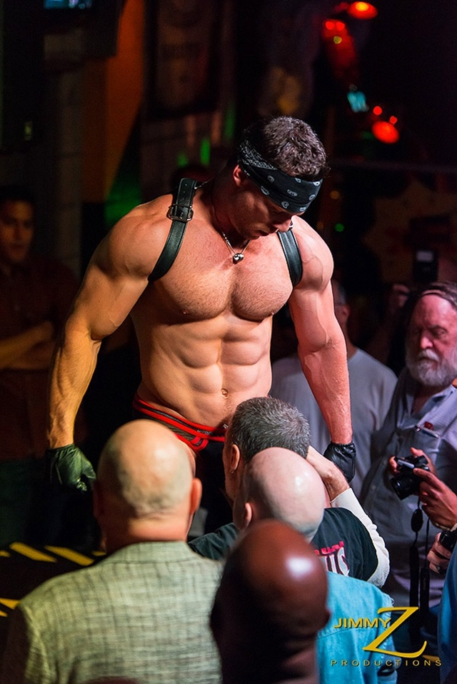 Muscle Strippers Tube 55