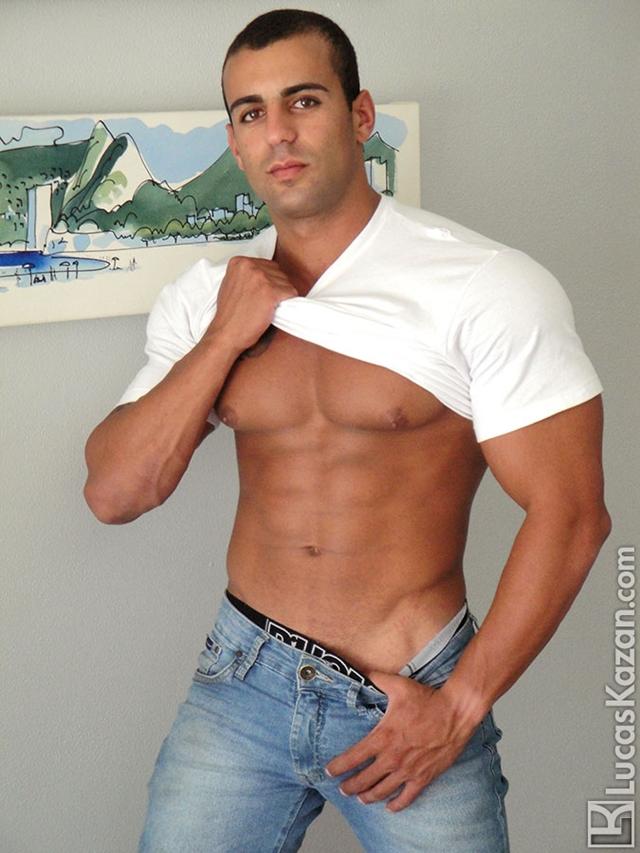 Lucas-Kazan-tattoo-22-years-old-Gabriele-broad-shoulders-pecs-chiseled-sixpack-rock-hard-body-beach-jock-001-male-tube-red-tube-gallery-photo