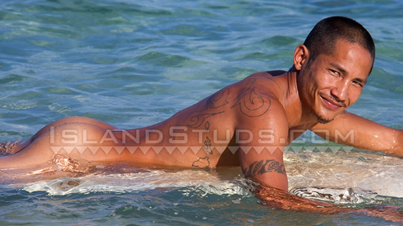 IslandStuds-nude-surfer-Ramil-ripped-muscular-beach-body-strips-naked-surfboard-straight-young-man-bush-dick-hair-014-tube-download-torrent-gallery-photo