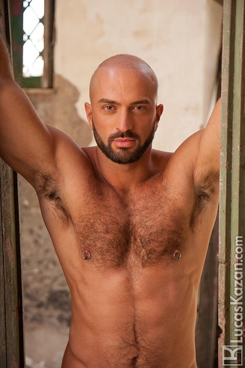 LucasKazan-Italian-newcomer-Bruno-Boni-winner-Rome-Ettore-ITALIANS-OTHER-STRANGERS-chiseled-body-bedroom-eyes-007-tube-download-torrent-gallery-photo
