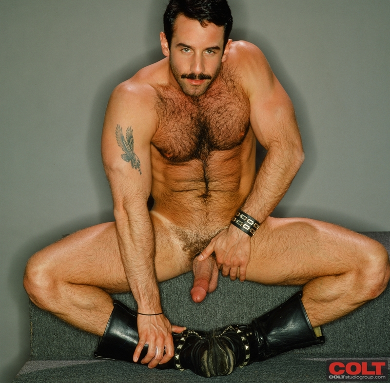 ColtStudios-hot-sexy-masculine-muscled-body-dark-hair-big-cock-hairy-chest-muscle-bodybuilder-Steve-Kelso-colt-man-icon-010-tube-download-torrent-gallery-sexpics-photo