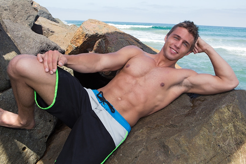 SeanCody-shaved-chested-muscleboy-Payton-board-shorts-furry-bubble-butt-ass-cheeks-tight-man-hole-jerks-cock-hard-huge-muscle-cum-001-tube-download-torrent-gallery-sexpics-photo