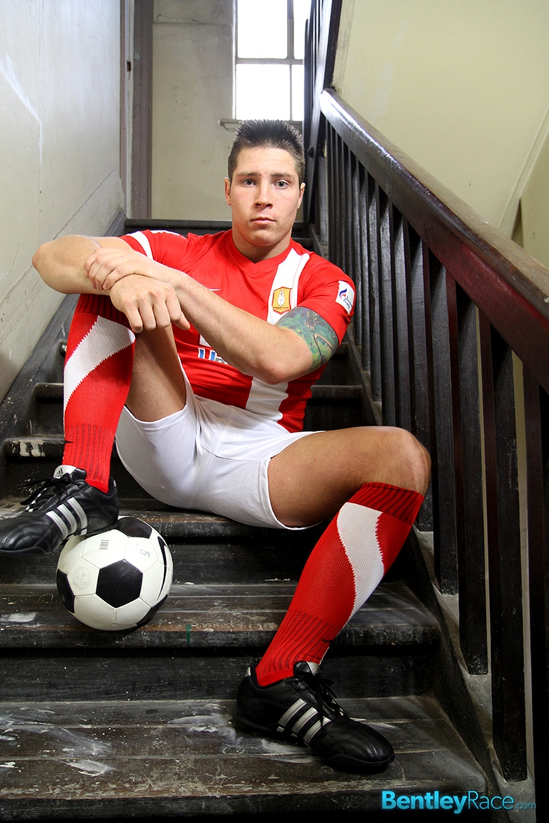 BentleyRace-20-year-old-Tom-Lucas-strips-soccer-gear-butt-naked-big-fat-uncut-dick-jerks-monster-man-meat-cumshot-009-tube-download-torrent-gallery-sexpics-photo