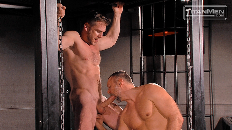 TitanMen-sex-club-Mack-Manus-Hans-Berlin-sucks-smooth-muscles-flex-rock-hard-cock-balls-deep-boner-010-tube-download-torrent-gallery-sexpics-photo