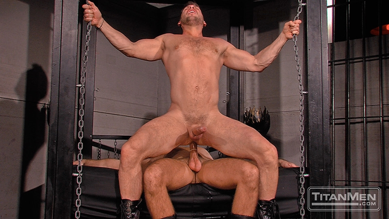 TitanMen-sex-club-Mack-Manus-Hans-Berlin-sucks-smooth-muscles-flex-rock-hard-cock-balls-deep-boner-016-tube-download-torrent-gallery-sexpics-photo