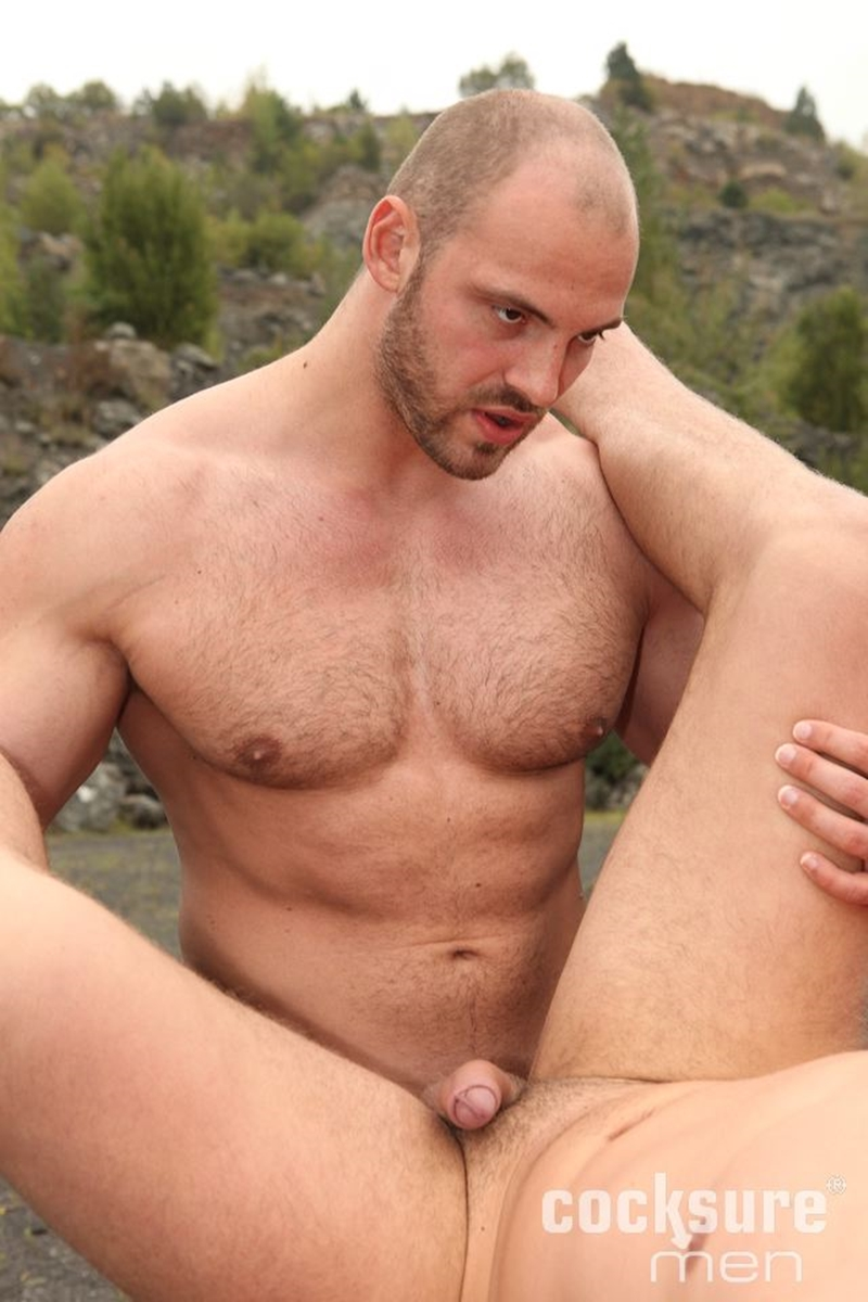 CocksureMen-muscular-studs-Thomas-Ride-Ryan-Cage-doggy-style-fucking-butt-cheeks-seeds-ass-hole-bareback-hairy-010-tube-download-torrent-gallery-sexpics-photo