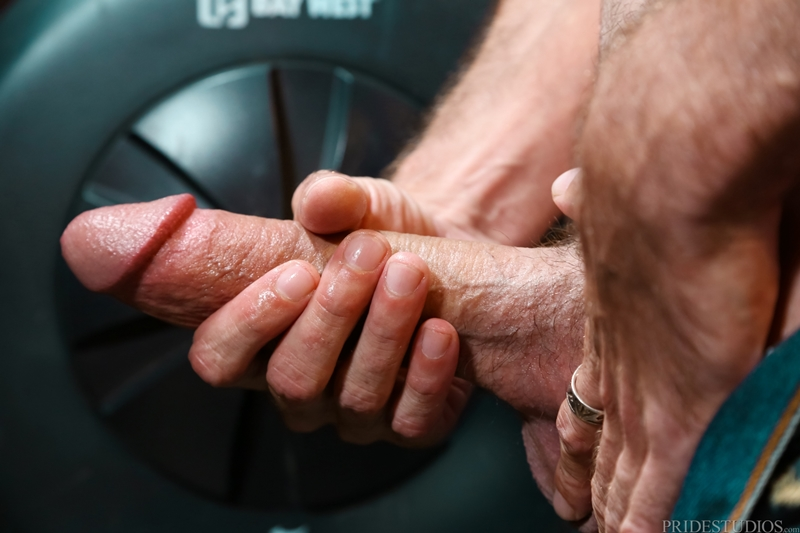 free gay orgy clips