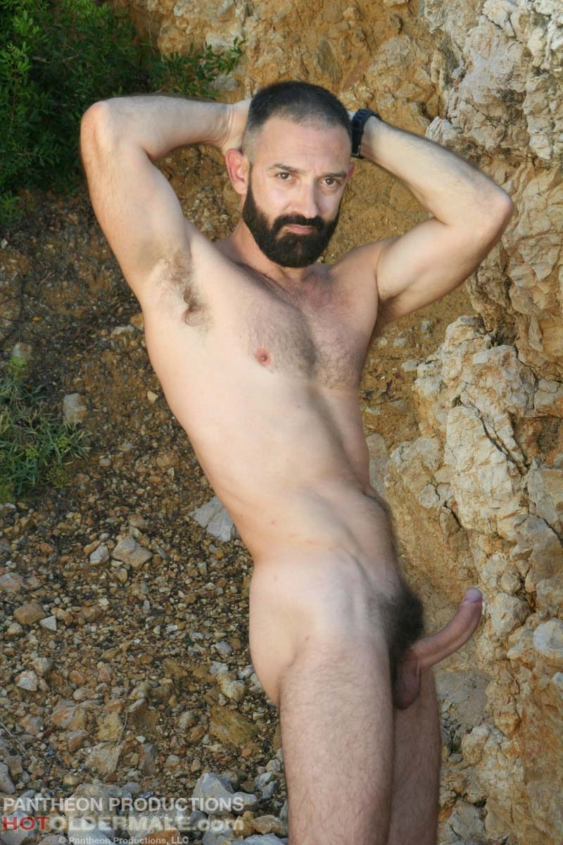 Hotoldermale-Jota-Salaz-hot-Spanish-bottom-furry-American-muscle-bears-hairy-chested-older-mature-gay-men-005-tube-download-torrent-gallery-sexpics-photo