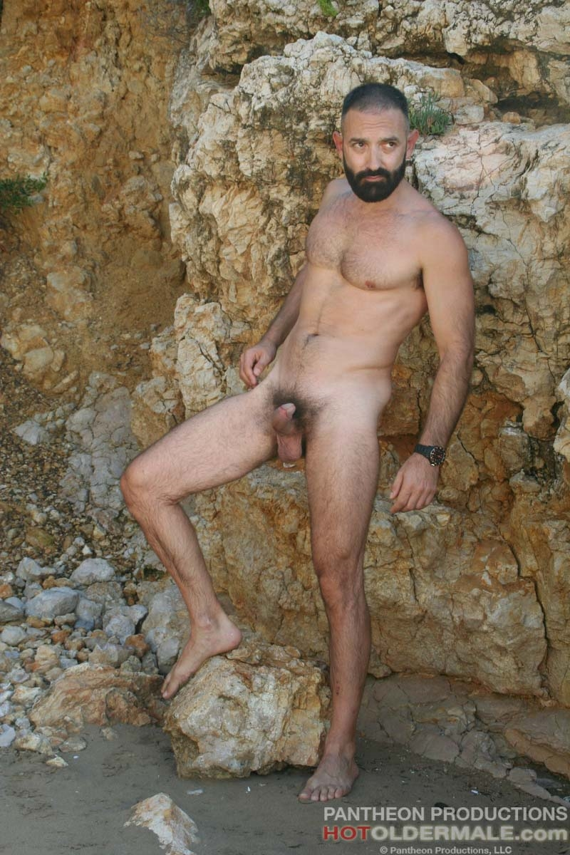 Hotoldermale-Jota-Salaz-hot-Spanish-bottom-furry-American-muscle-bears-hairy-chested-older-mature-gay-men-006-tube-download-torrent-gallery-sexpics-photo