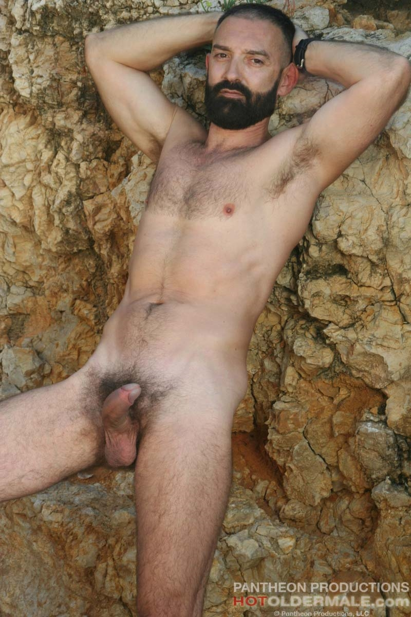 Hotoldermale-Jota-Salaz-hot-Spanish-bottom-furry-American-muscle-bears-hairy-chested-older-mature-gay-men-009-tube-download-torrent-gallery-sexpics-photo