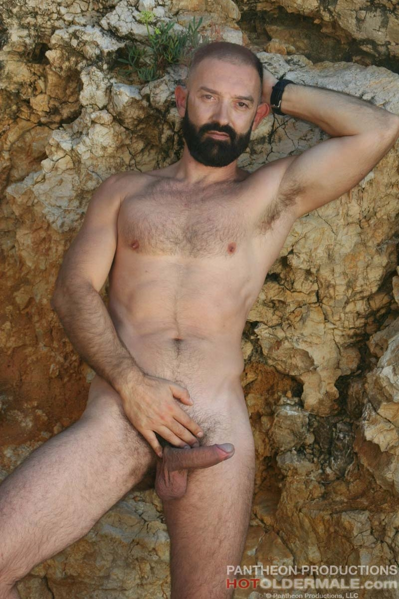 Hotoldermale-Jota-Salaz-hot-Spanish-bottom-furry-American-muscle-bears-hairy-chested-older-mature-gay-men-010-tube-download-torrent-gallery-sexpics-photo