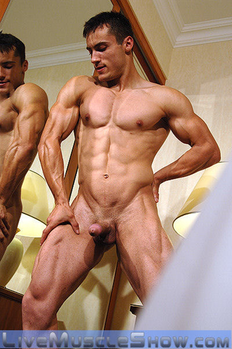Commit Naked pro male bodybuilder join