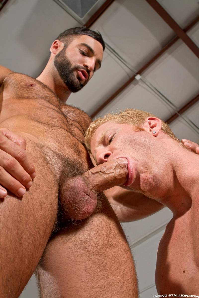 RagingStallion-beard-Abraham-Al-Malek-muscle-blond-Johnny-V-boxers-naked-men-precum-sucking-uncut-cock-man-hole-002-tube-download-torrent-gallery-sexpics-photo
