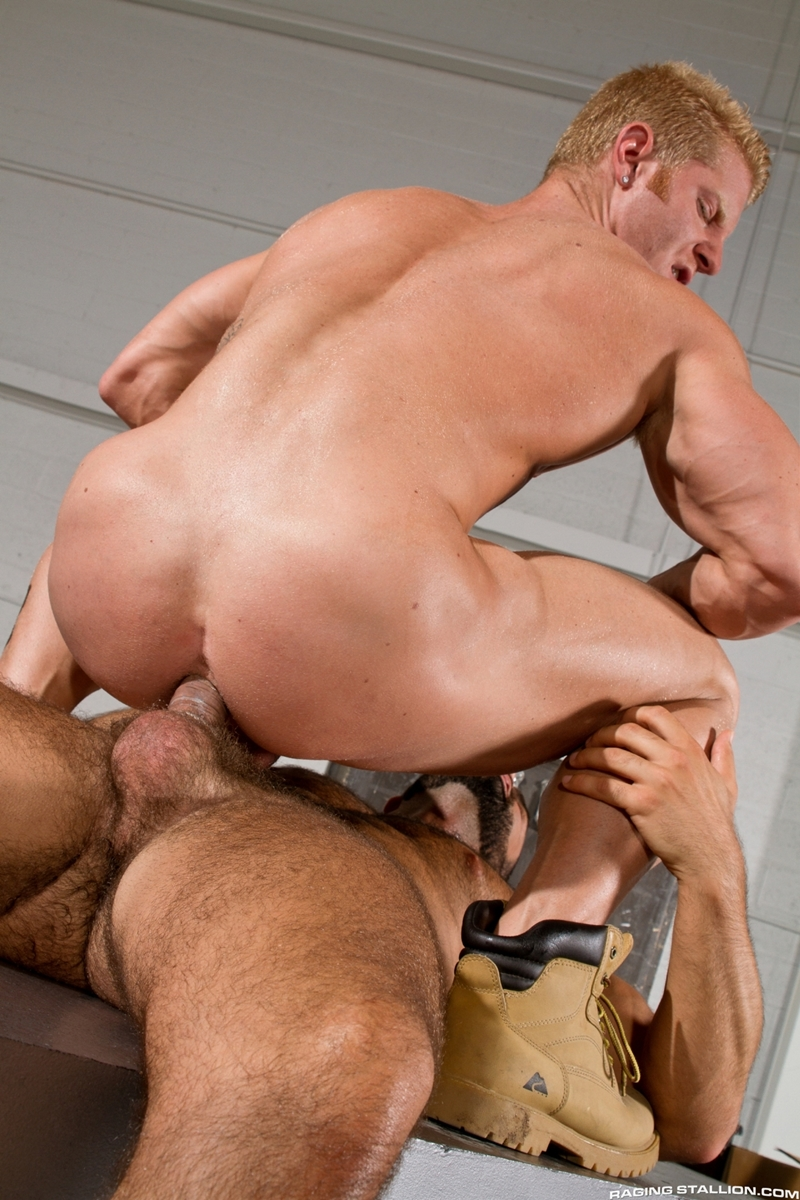RagingStallion-beard-Abraham-Al-Malek-muscle-blond-Johnny-V-boxers-naked-men-precum-sucking-uncut-cock-man-hole-009-tube-download-torrent-gallery-sexpics-photo