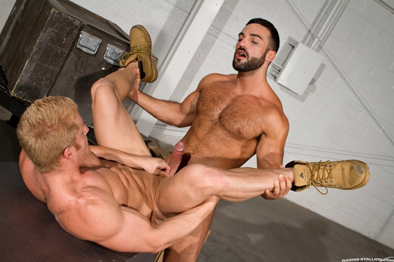 RagingStallion-beard-Abraham-Al-Malek-muscle-blond-Johnny-V-boxers-naked-men-precum-sucking-uncut-cock-man-hole-014-tube-download-torrent-gallery-sexpics-photo