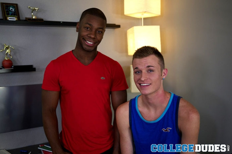 CollegeDudes-Dante-Monroe-Taylor-Blaise-chiseled-muscles-football-kisses-young-boy-body-sucking-big-black-dick-002-tube-download-torrent-gallery-sexpics-photo